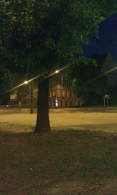 Zdjęcie nocne wykonane HTC Incredible S